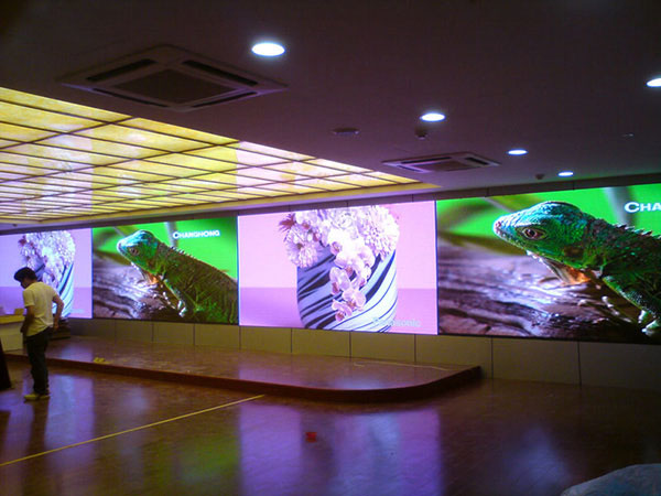 Indoor-P5-Dot matrix led screen.jpg