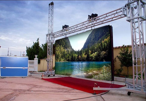 P8 outdoor SMD LED display
